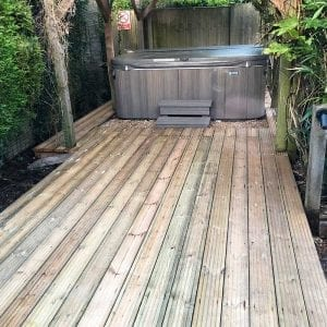 8ft x 8ft Hot Tub Base Installation - Hot Tub And Decking Installed
