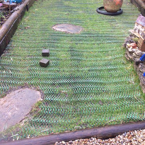 Grass-Reinforcement-Mesh-On-Garden---Bottom-of-Garden