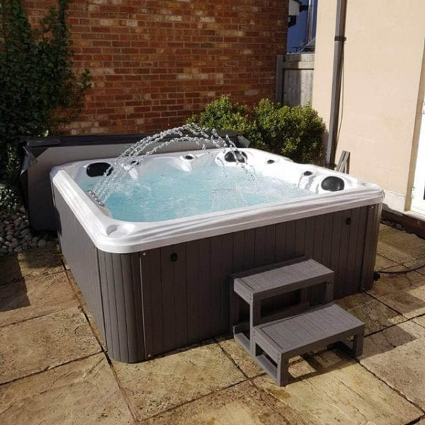 Excalibur Hot Tub - Lifestyle