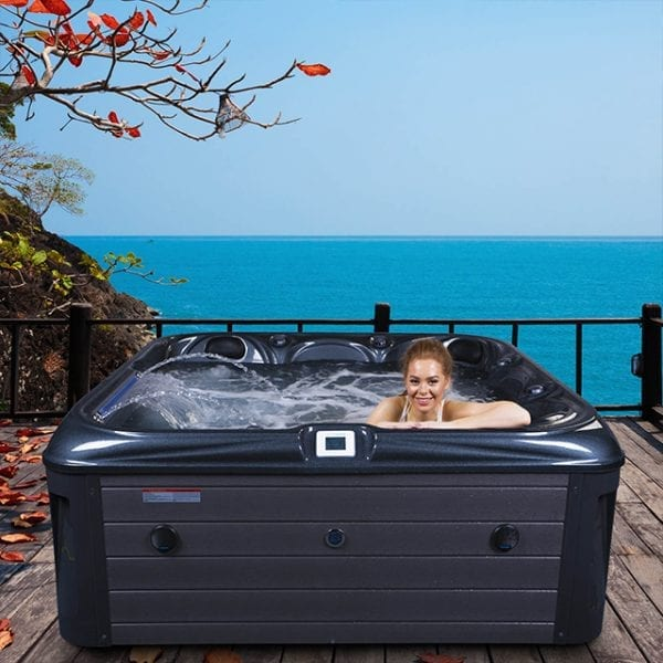 Caesar Hot Tub - Lifestyle 1
