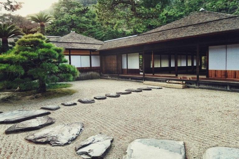 Japanese Garden - Gravel & Stones