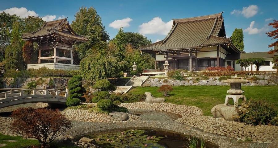 The Japanese Garden Sand And Stone Zen Garden Design
