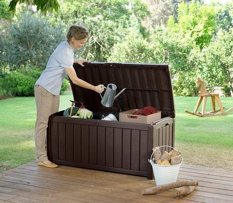 Keter Storage Box - Glenwood 390L - In Use