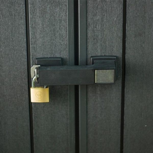 Keter Artisan 757 - Lockable Door