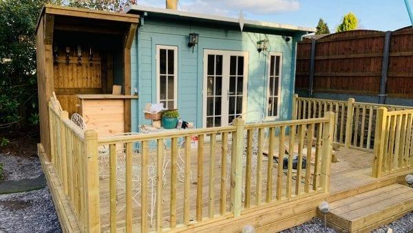 Edinburgh Log Cabin - Finished