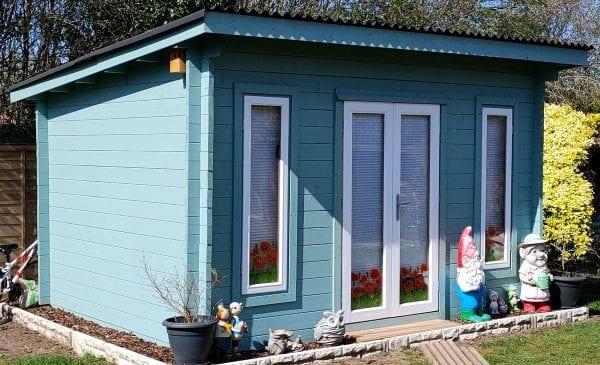 Edinburgh Log Cabin - In Situ