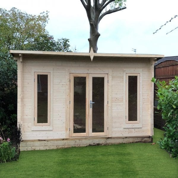 Edinburgh-Log-Cabin---Installed