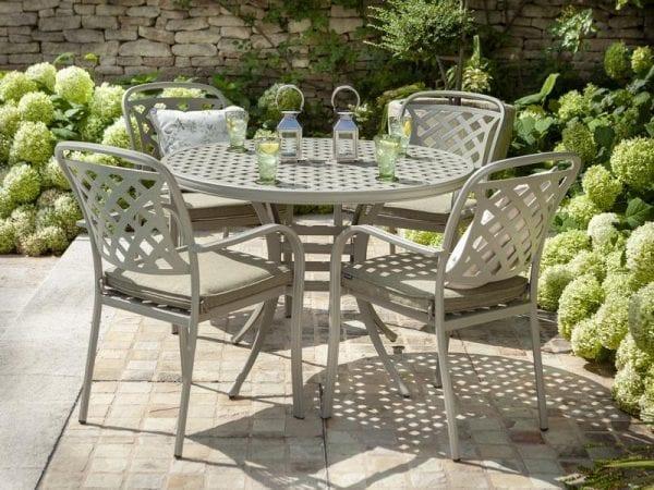 Berkeley 4 Seat Round Garden Dining Set 2