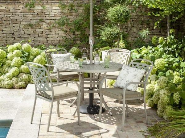 Berkeley 4 Seat Round Garden Dining Set