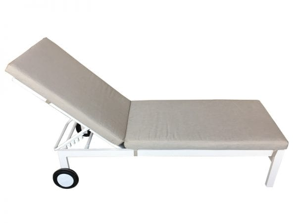 Titchwell Sunlounger White - 1