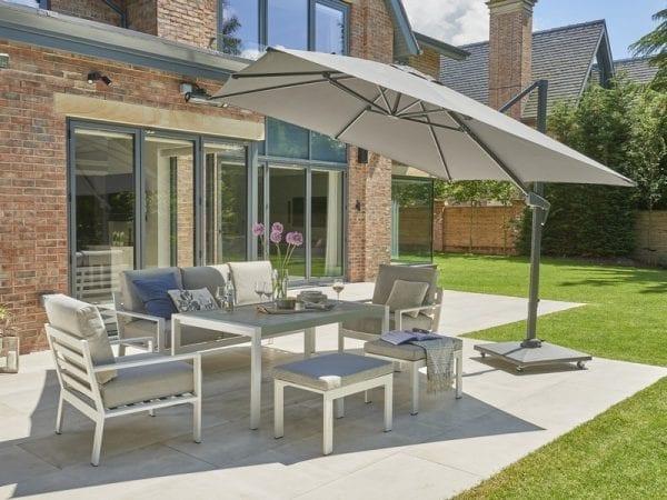 Titchwell White Garden Lounge Set - In Situ