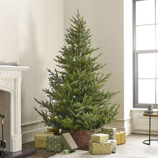 7ft Englemanns Spruce Artificial Christmas Tree